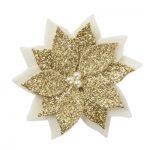 handgemaakte kerstster voor in het haar van ecru wolvilt en glinsterende gouden stof