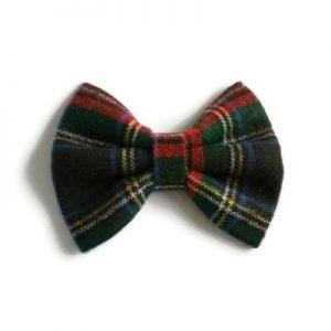 haarstrik van Schotse ruitstof in rood en groen maat medium
